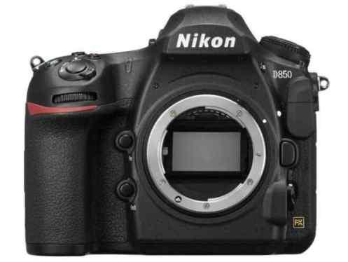 đánh giá 8 mẫu máy ảnh kỹ thuật số năm 2018