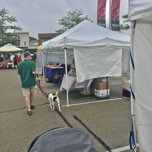 Tinley Park Dad and Dog at Tinley Park Farmers Market