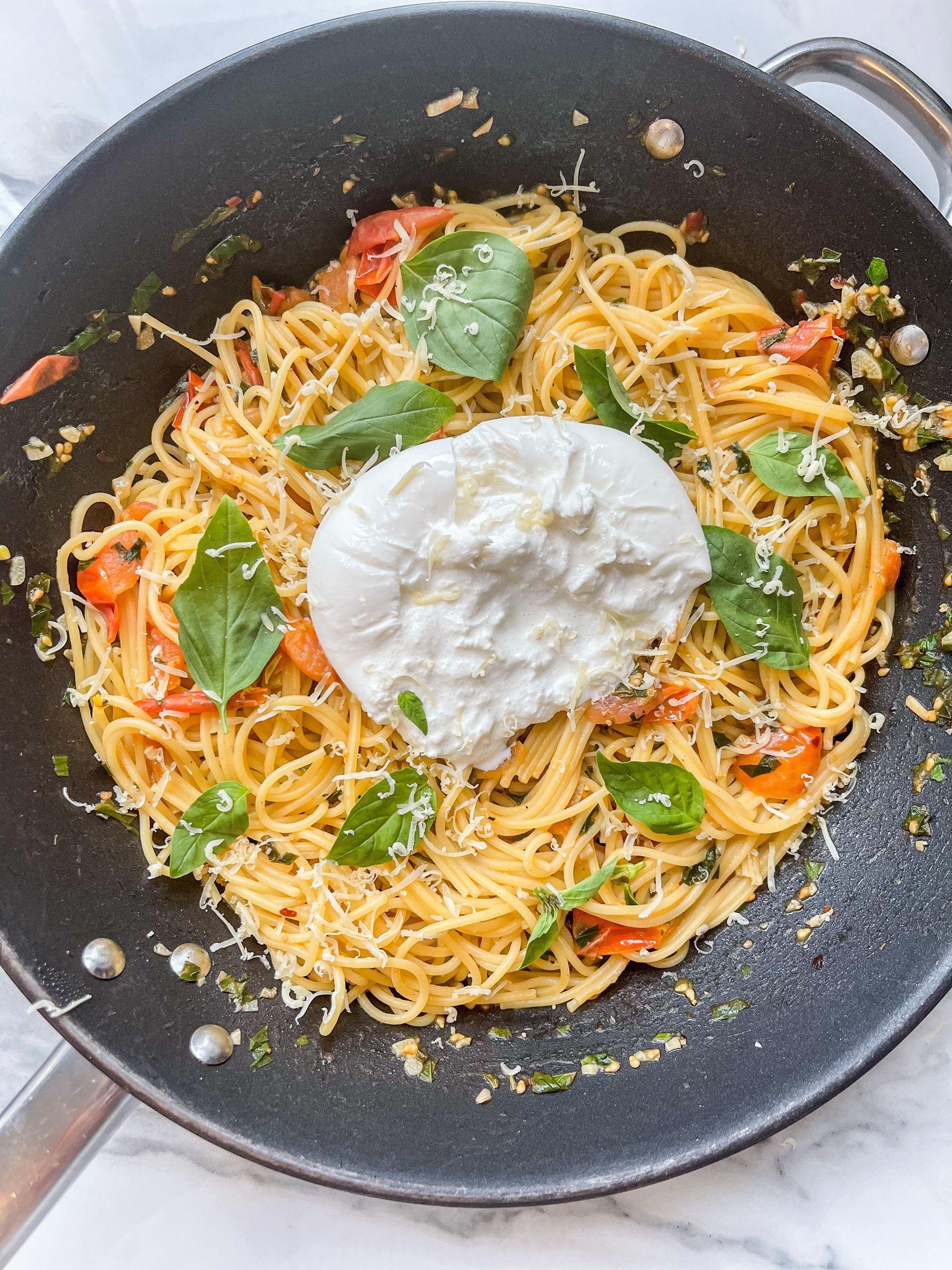 auðvelt burrata spagettí