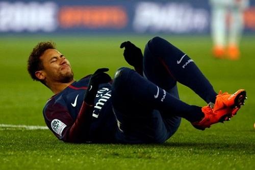 Neymar trả giá cho phong độ sa sút trong các trận bóng đá vừa qua