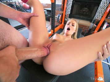 Tiny4k Scarlett Sage in Go For The Gold 9