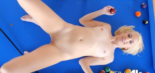 Tiny 4K Sierra Nicole in Billard Baby 4