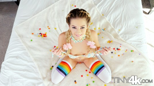 Tiny4k Bella Rose in Candyland 18