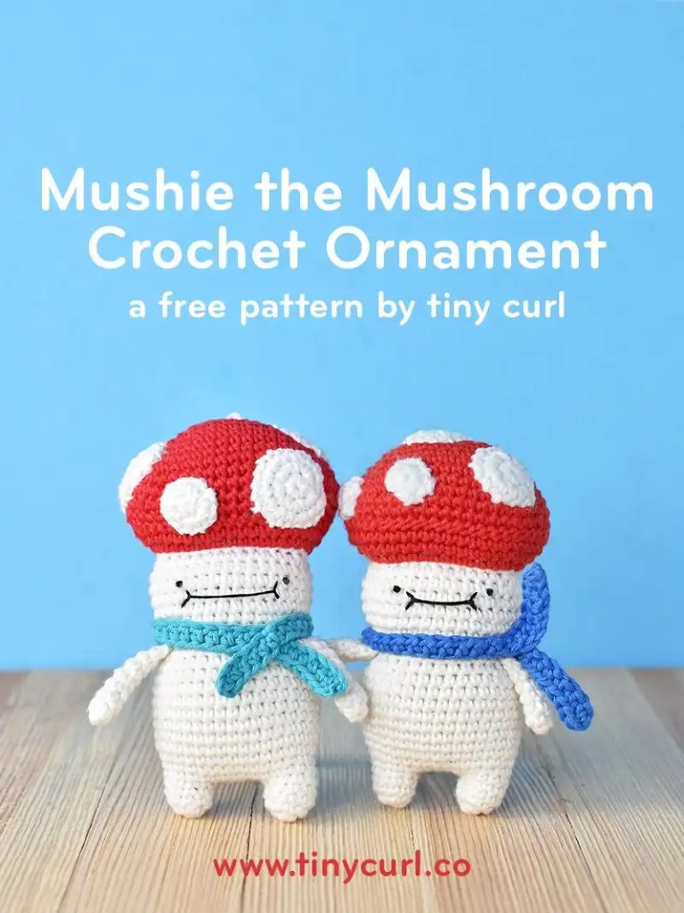 Free amigurumi Christmas ornament pattern, a free amigurumi crochet pattern by Tiny Curl. Two amigurumi Christmas ornament Mushies standing next to each other. Both were made with this free amigurumi Christmas ornament pattern.