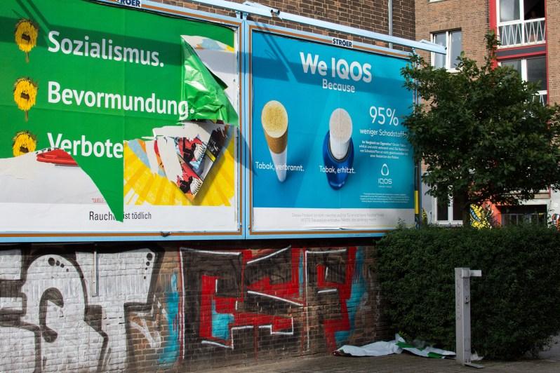 Zerfetztes Plakat der Kampagne Grüner Mist 2021