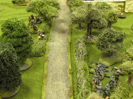 A close-quarters firefight breaks out over the sunken lane.