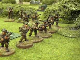 The British line moves up towards the woods
