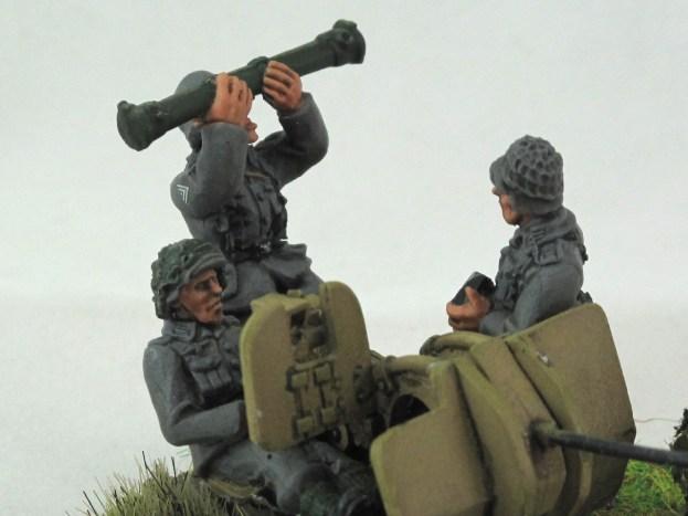 Flak 38 Crew 1