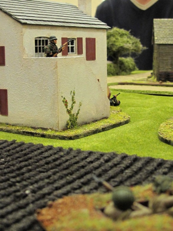 A German patrol finds the British main line