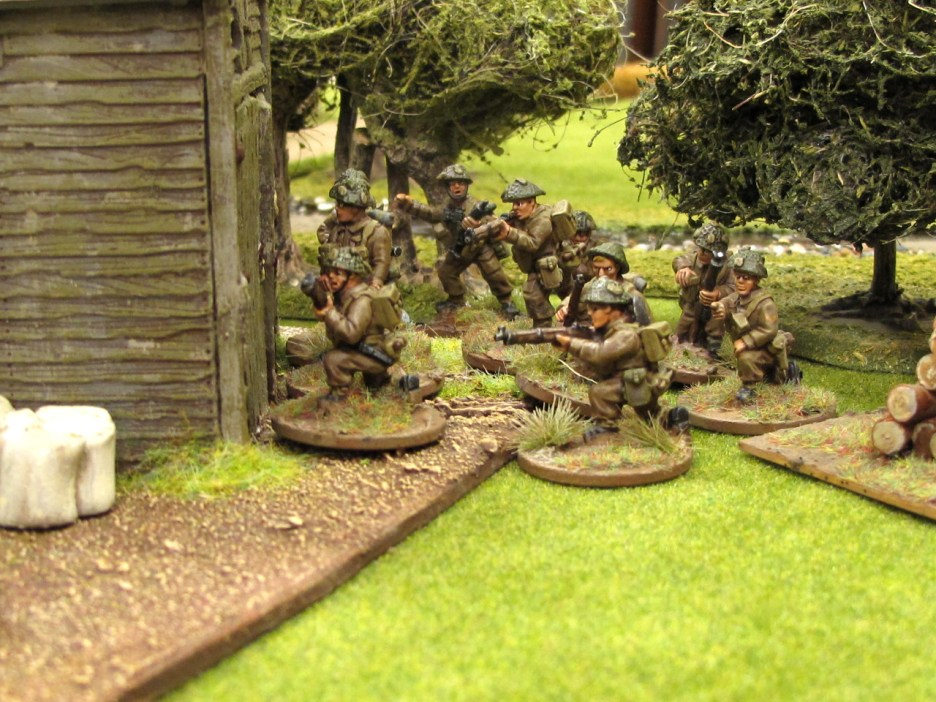 British troops deploy on their left