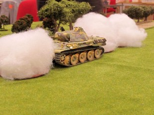 """The 2"""" mortar keeps trying to blind the Panther while the Churchill focuses on the AT gun"""