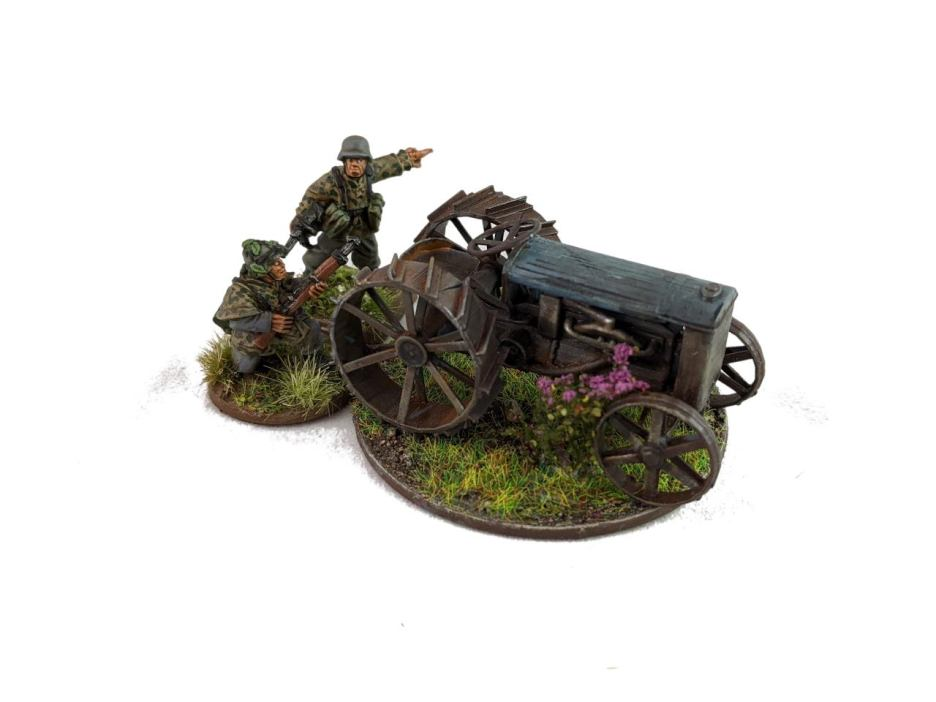 Size comparison with a couple of 28mm Artizan Germans