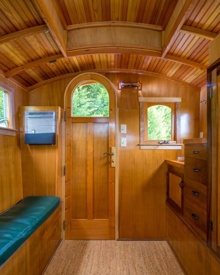 Russ's Gypsy Wagon - 0005