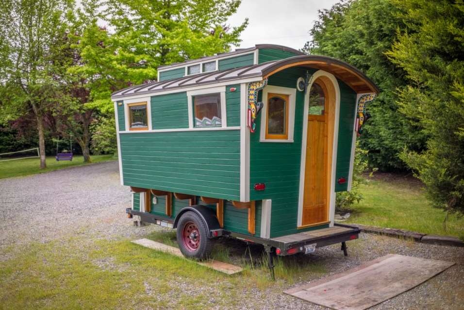 Russ's Gypsy Wagon - 0011