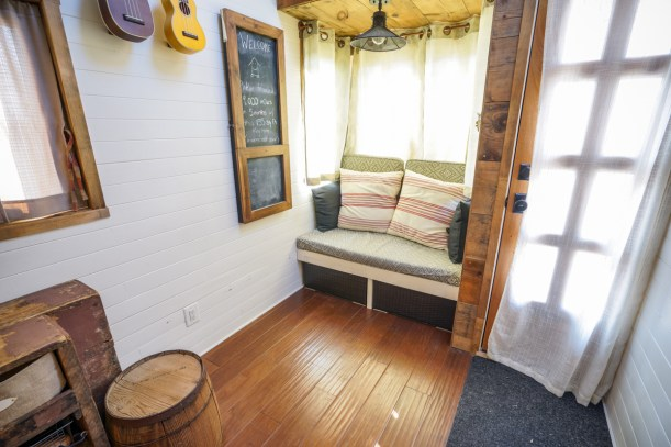 Tiny House Interior - 0004