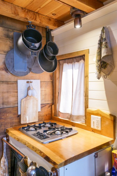 Tiny House Interior - 0012