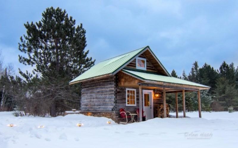 Green Gate Log Cabin 001