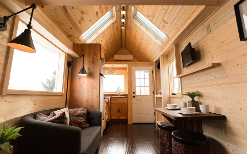 Porchlight Tiny House by Hideaway Tiny Homes_007