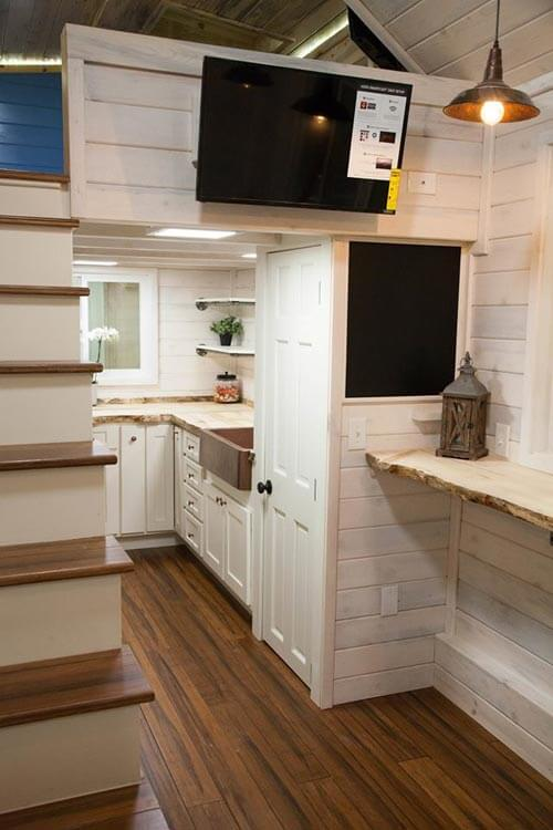 Artist by alpine tiny homes tiny houses on wheels for sale for Small house builders near me