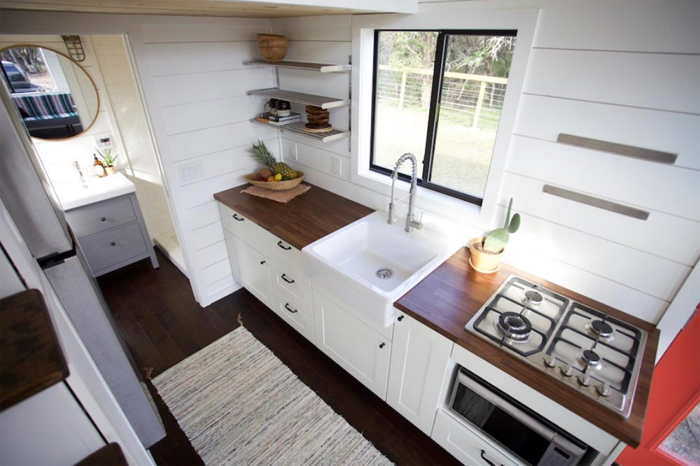 Texas Hill Country By Nomad Tiny Homes Tiny Houses On