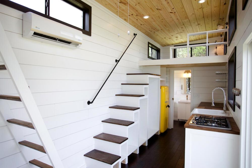 Nomad Tiny Homes >> Texas Waterfront By Nomad Tiny Homes Tiny Houses On Wheels For