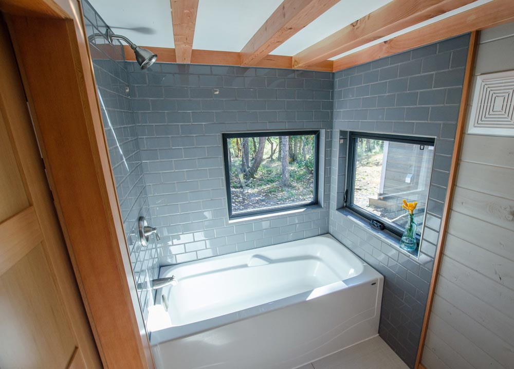 Kestrel by rewild homes tiny houses on wheels for sale for Small house builders near me
