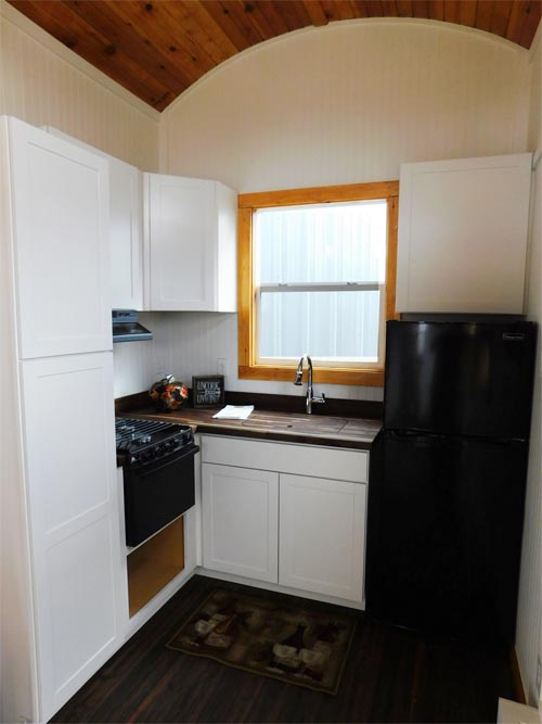 Pioneer By Tiny Idahomes Tiny Houses On Wheels For Sale