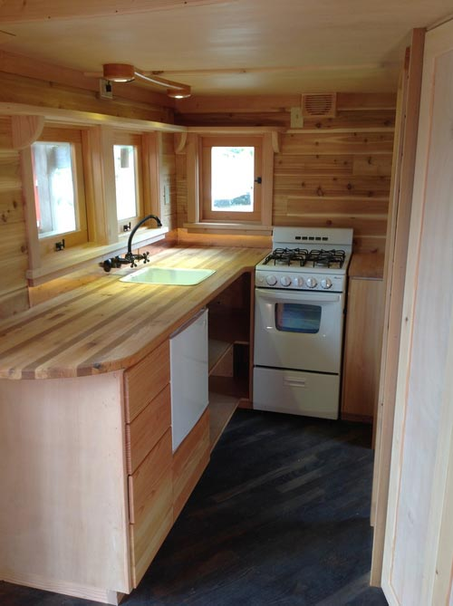 Pinafore By Zyl Vardos Tiny Houses On Wheels For Sale