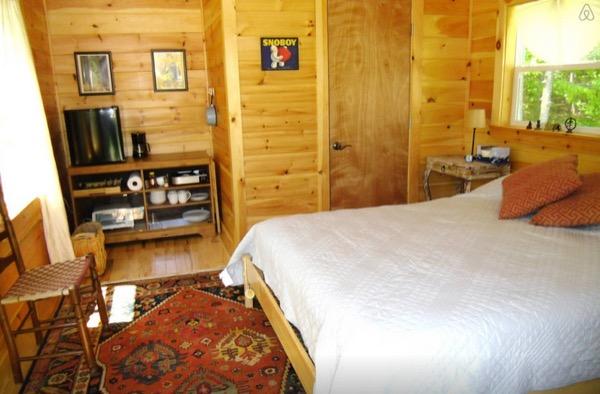 12-x-16-Amish-Built-Tiny-House-003