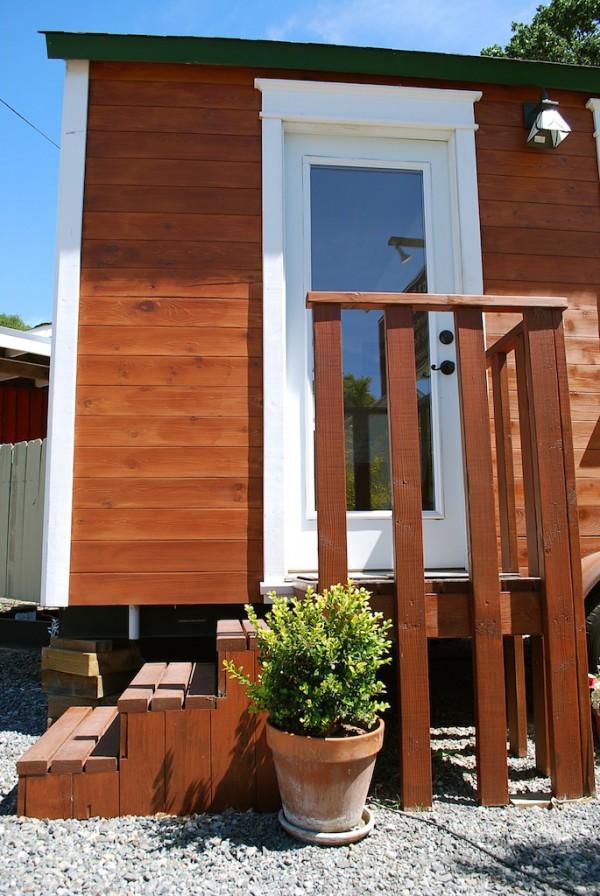 120 SF AROYO Tiny House 0011