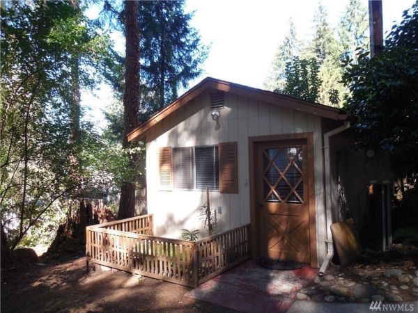 125k-property-with-tiny-cabin-012