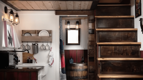 150-sq-ft-barn-tiny-house-getaway-in-portland