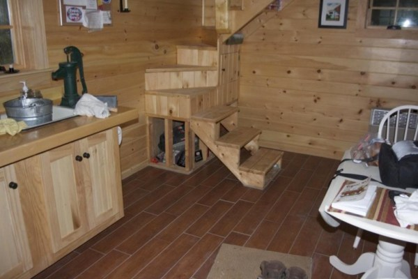 160 SF Shed Cabin in Vermont 005
