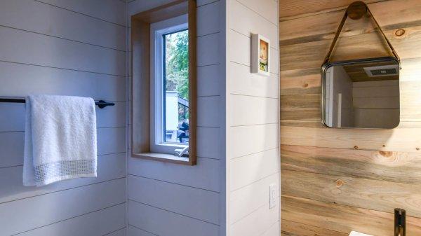 16ft Verve Lux Tiny House by TruForm Tiny 0017