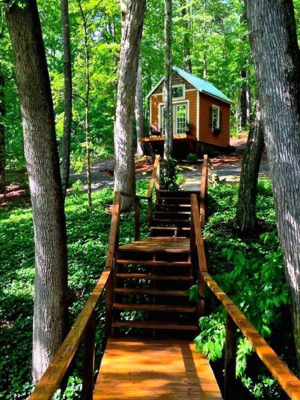 180-sq-ft-otter-den-tiny-house-002