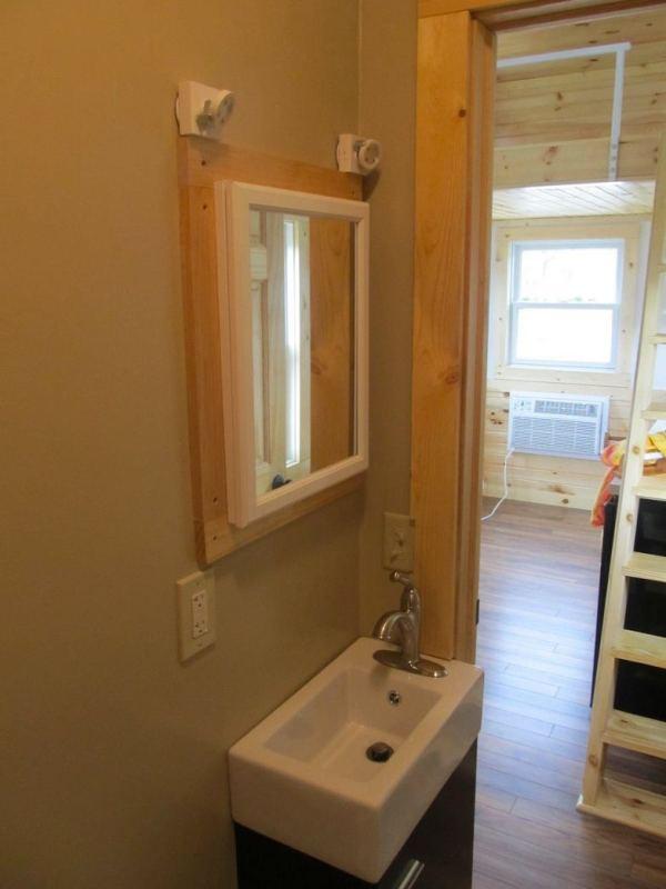 180-sq-ft-tiny-house-with-extra-64-sq-ft-loft-08