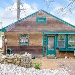 1927 Lakefront Cottage in Portland, CT 001