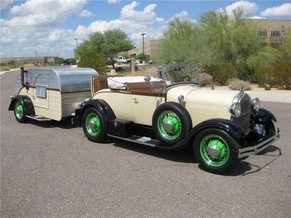 1929-ford-model-a-roadster-with-59-teardrop-camper-001