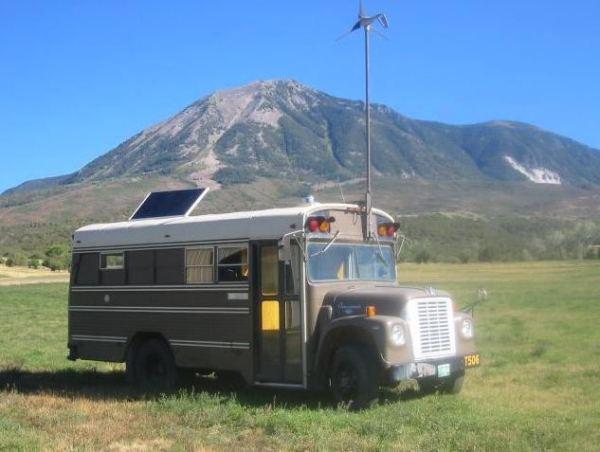 1977-off-grid-school-bus-conversion-0001