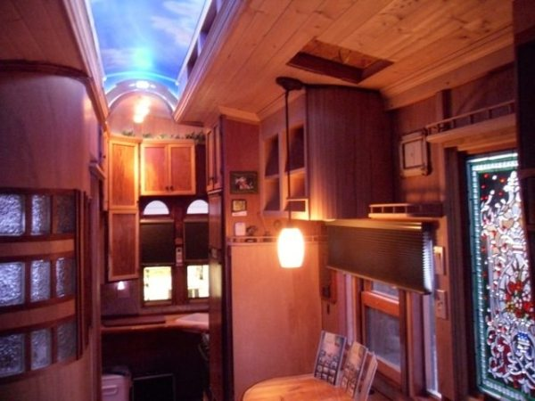 1999-sterling-housetruck-tiny-home-004