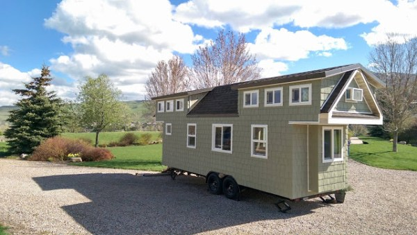 200 Sq. Ft. Family Tiny House 010