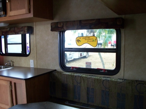 mini-rv-interior-windows