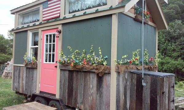 $20k American Freedom Off Grid Tiny House For Sale