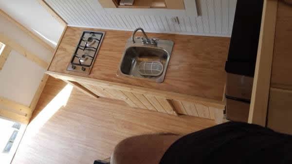 212-sqft-tiny-house-for-sale-012