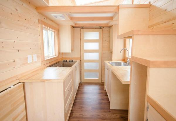 24-warbler-tiny-house-by-rewild-homes-001