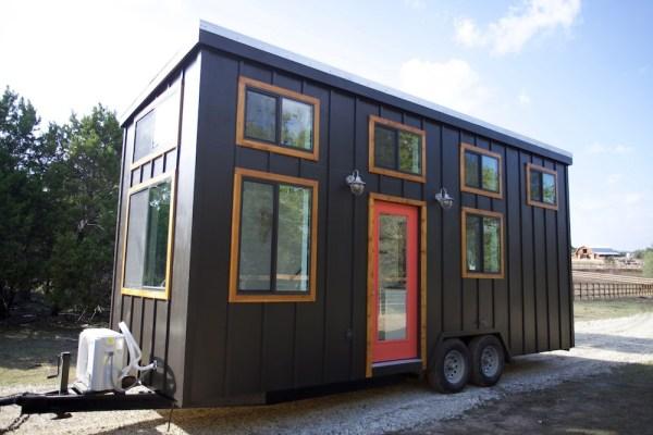 24ft Custom Tiny Home by Nomad Tiny Homes_001