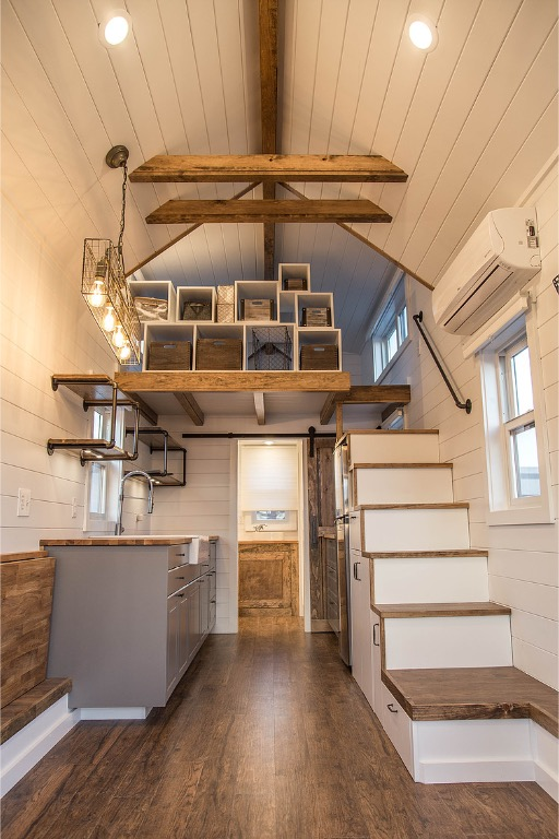 24ft Modern Farmhouse THOW by Liberation Tiny Homes_002