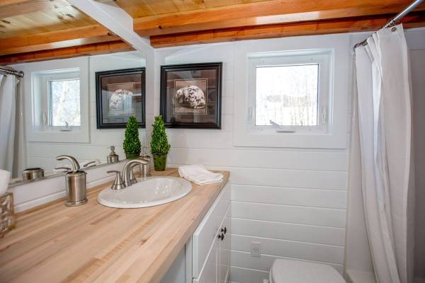 24ft Tiny Home by Global Tiny Houses 006
