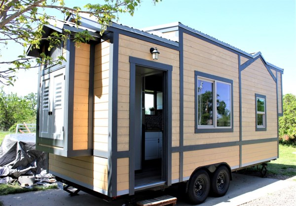 25ft Luxury Tiny House For Sale 001