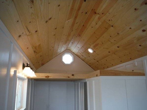 26-tiny-house-for-sale-in-idaho-0010
